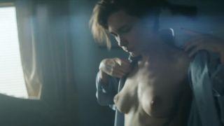 Sara Mortensen  nackt