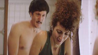 Lyndie Greenwood  nackt