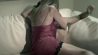 Samantha nackt Colburn Nia Long