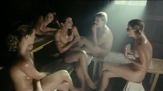 Nackt  Chantal Zitzenbacher womit haben